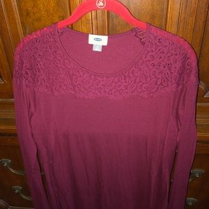 Old navy burgundy lace top medium